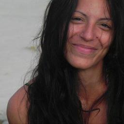Carolina De Volder